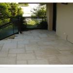 Rénovation d'une terrasse en pierre de Bourgogne à Cannes